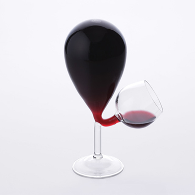 Impossible Wine Glass