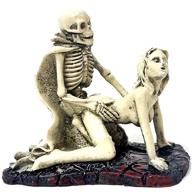 Doggystyle Skeleton Sex Statue